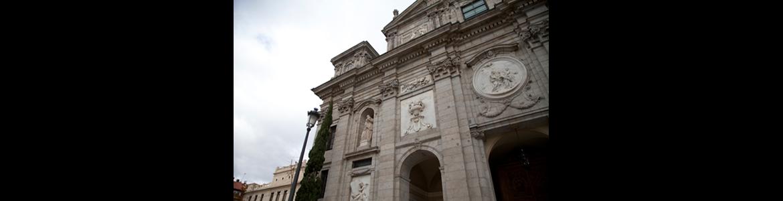 Restauración de fachadas de la iglesia de Santa Bárbara