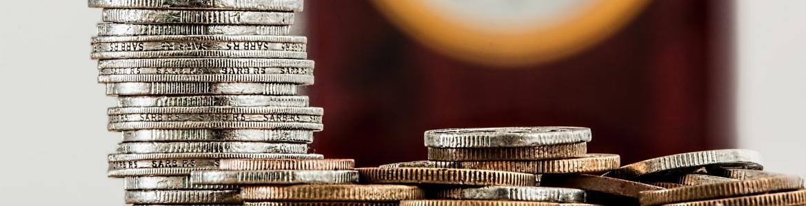 Monedas en pila