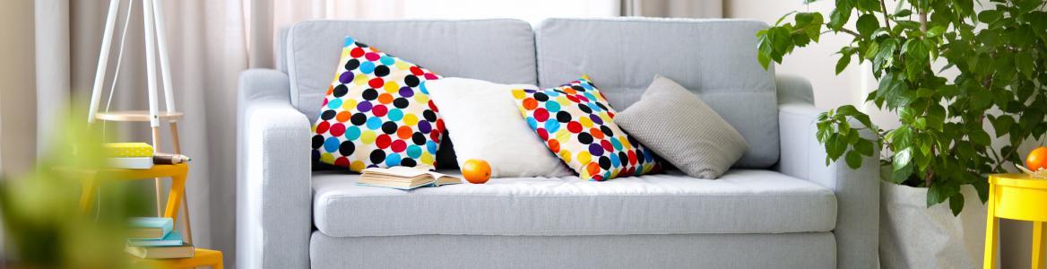 Imagen de sofá con almohadones