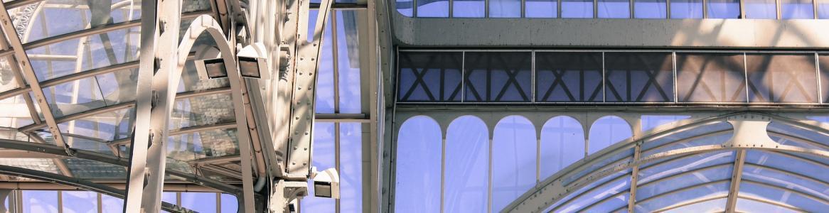Palacio de cristal en el parque de El Retiro