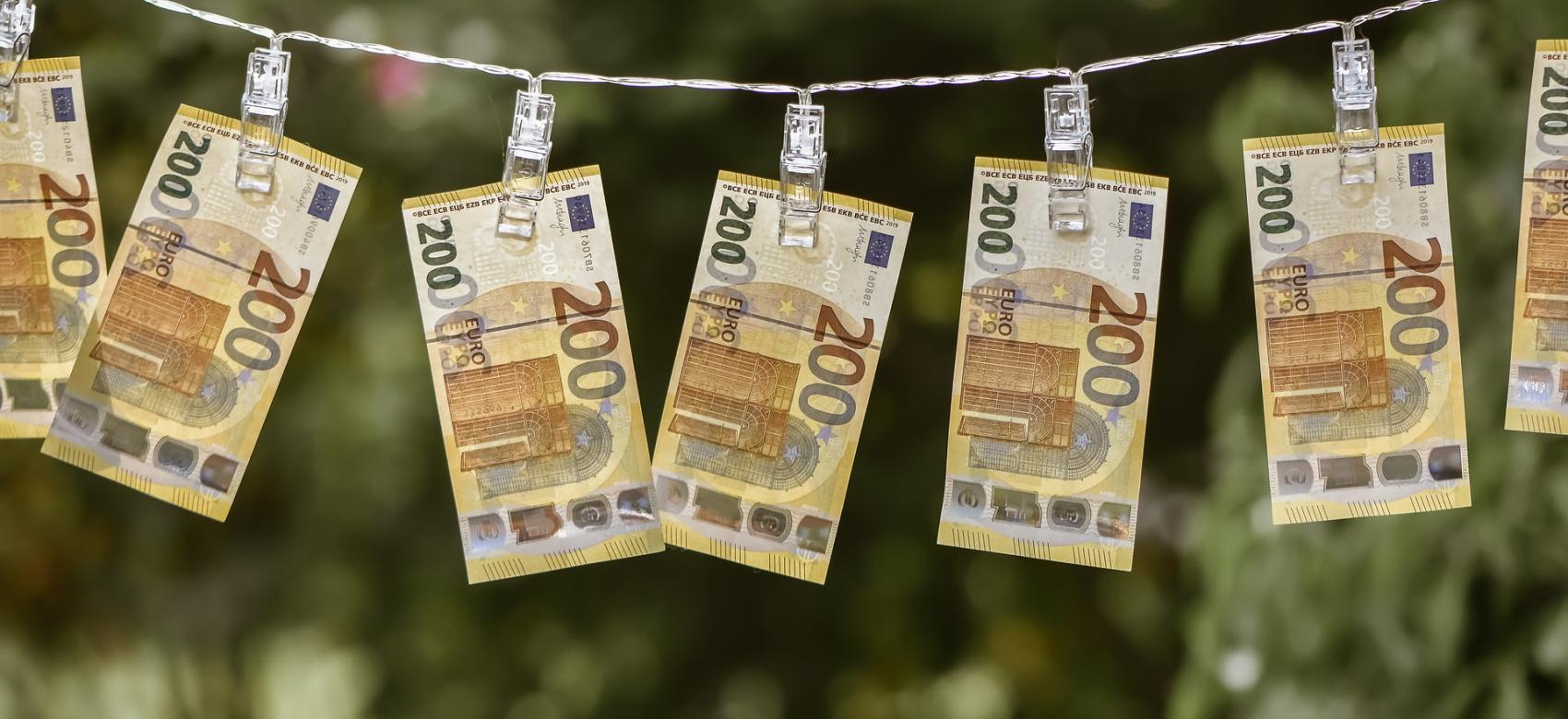 dinero secando