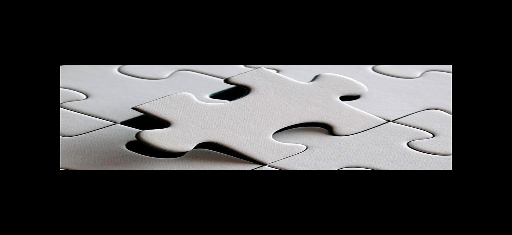 Puzzle de piezas en blanco encajadas con una ligeramente separada