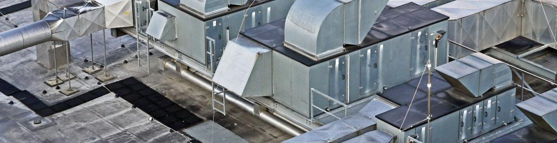 Techo de edificio con sistema de ventilación