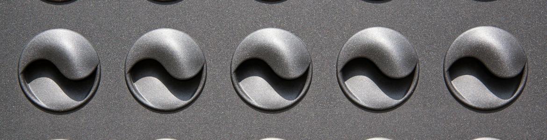 Rejillas de ventilación de color gris