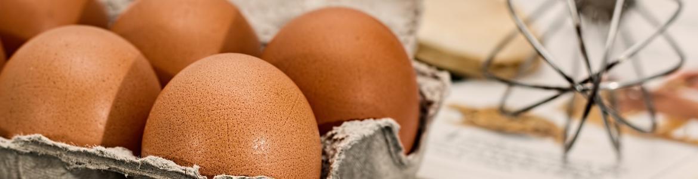 Huevos con cáscara