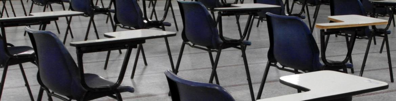 Aula de exámenes vacía