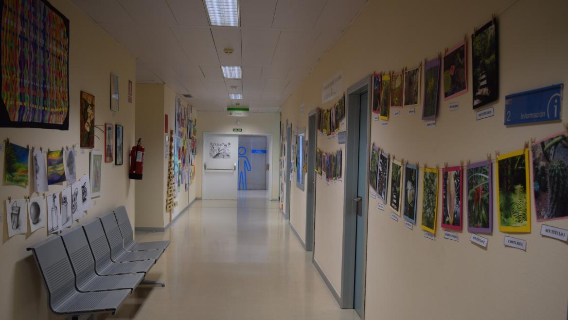 Exposición artística de pacientes de HD Psiquiatría HUIS