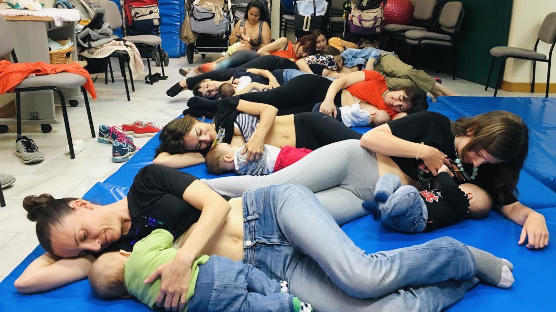 El Grupo de Crianza del Centro de Salud Buenos Aires, ganador del concurso de fotografía de lactancia materna