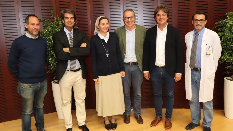 El hospital de Fuenlabrada recibe la visita de Sor Elisabeth