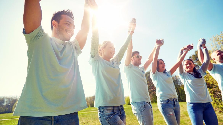 Jóvenes voluntarios