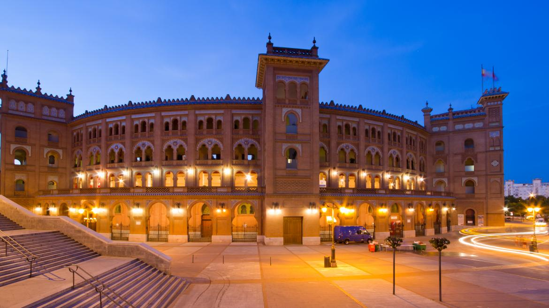 Plaza de toros de Las Ventas de noche