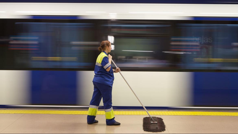 Servicio de limpieza en Metro