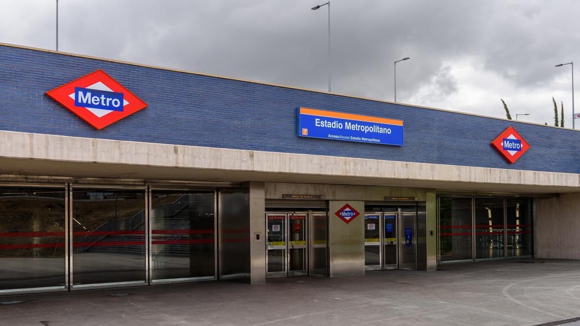 Estación de Metro Metropolitano