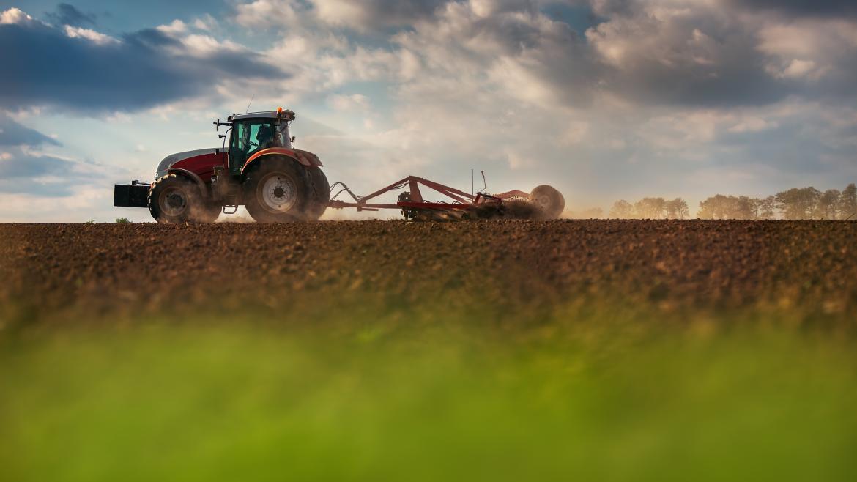 Imagen tractor agricultura