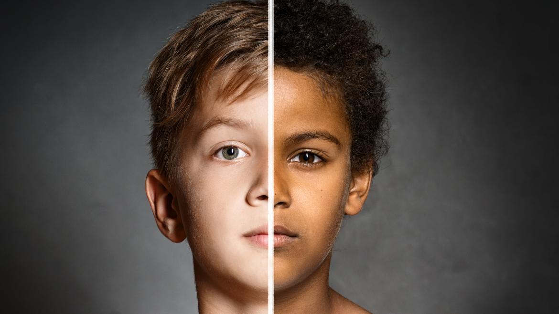 Black White People Together Garrido subraya...