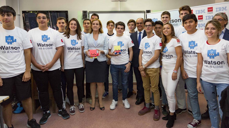 Rafael van Grieken ha visitado el instituto Marqués de Suanzes, uno de los centros participantes