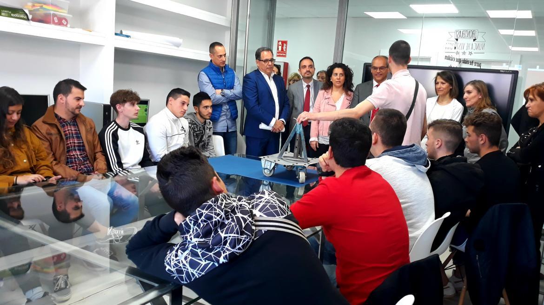 Rafael van Grieken en las instalaciones del Instituto de Educación Secundaria Luis Vives