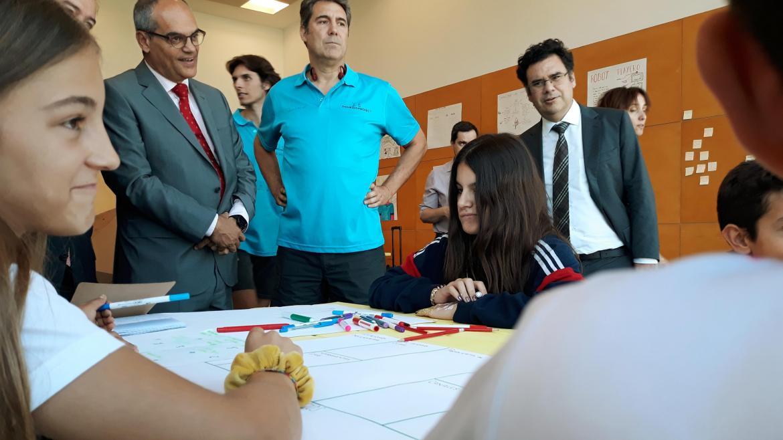 El consejero en funciones de Educación e Investigación, Rafael van Grieken, visitando el campus