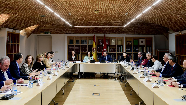 Díaz Ayuso durante la reunión