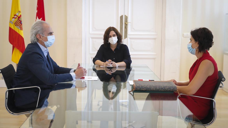 Díaz Ayuso se reúne con el sindicato de enfermería SATSE Madrid