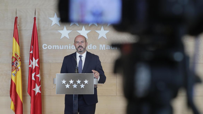 Pedro Rollán comparece ante los medios para explicar las medidas adoptadas en el Consejo de Gobierno de la Comunidad de Madrid
