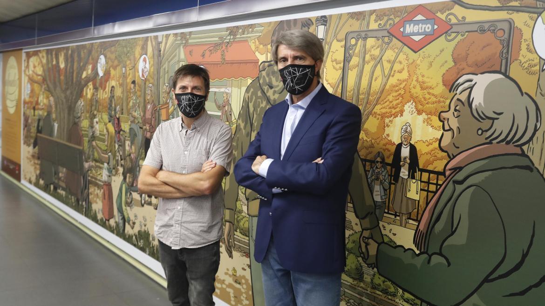 Homenaje a los mayores con un mural de Paco Roca en la estación de Metro de Plaza de Castilla