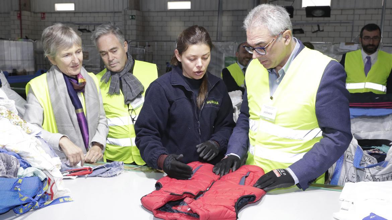 La Comunidad impulsa el reciclaje de ropa y artículos textiles para reducir la contaminación