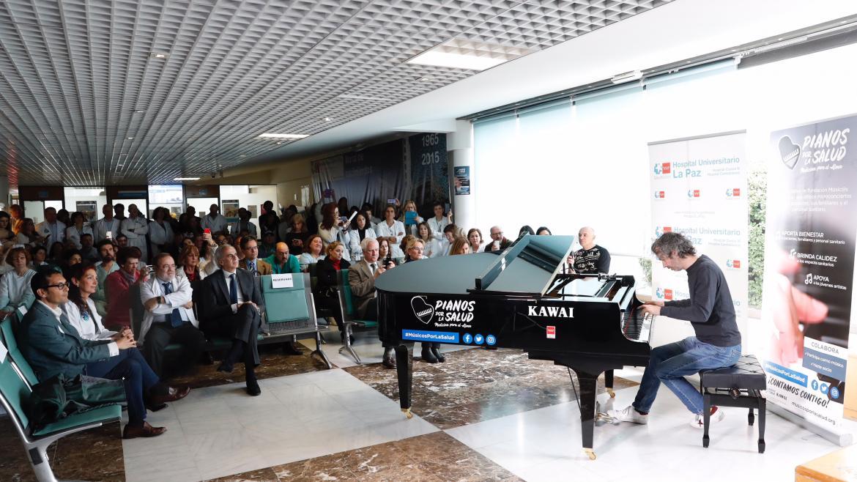 Enrique Ruiz Escudero asiste a la inauguración de esta iniciativa