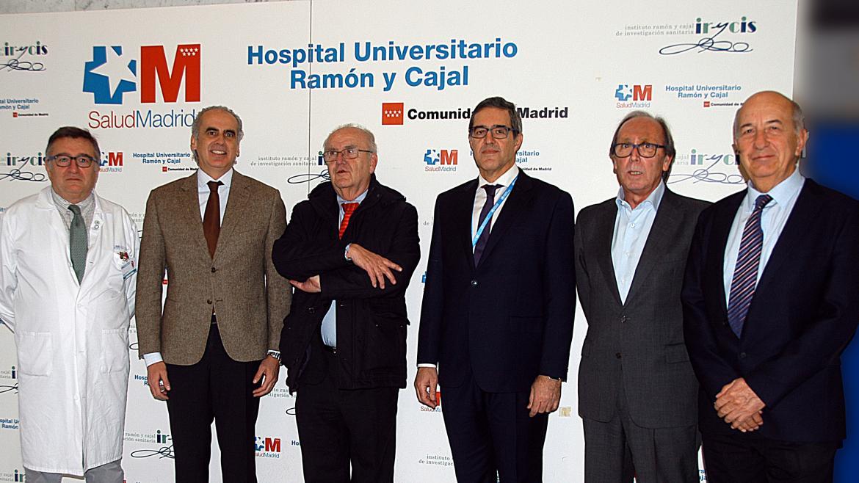 Ruiz Escudero inaugurando la XXV jornada del servicio de Geriatría del Ramón y Cajal