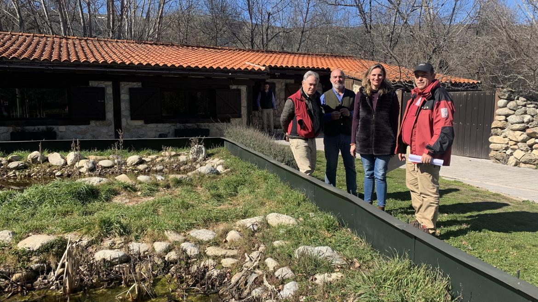 Paloma Martín, ha visitado las actuaciones de recuperación y conservación en Lozoya y Rascafría
