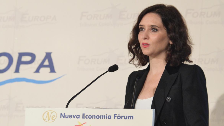 Imagen de Isabel Díaz Ayuso durante su intervención en el Fórum Europa Tribuna Catalunya