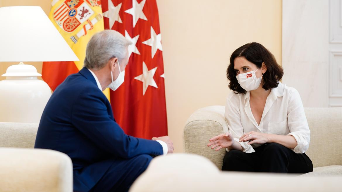 Isabel Díaz Ayuso durante su reunión con Caballero Klink