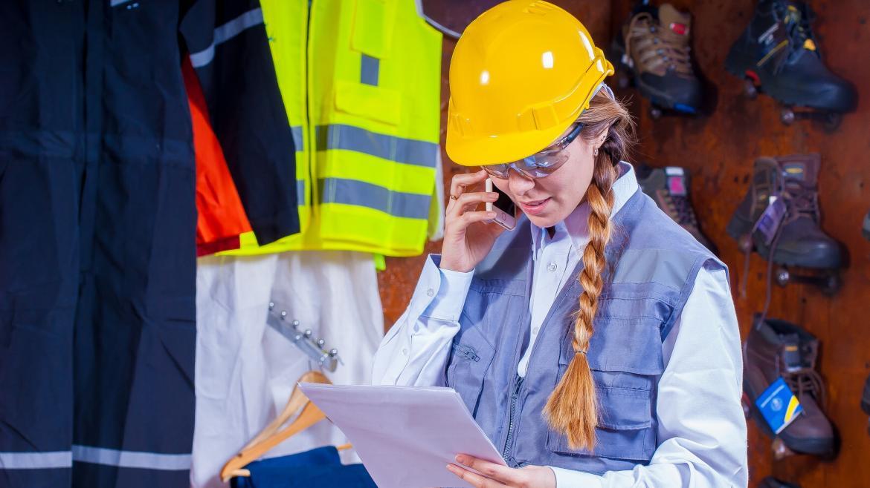 Trabajadora riesgos laborales