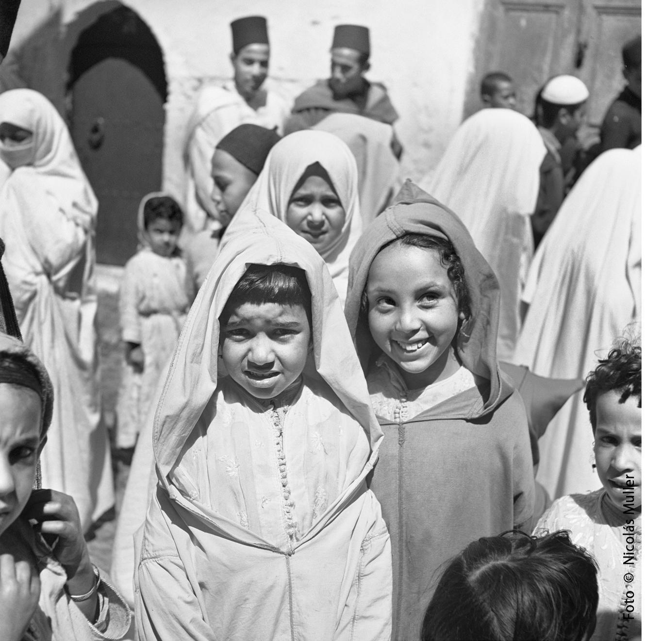 Grupo de niñas Tánger 1945
