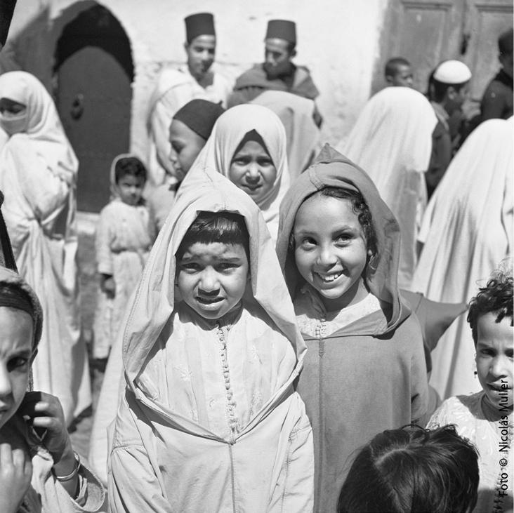 Grupo de niñasTánger 1945 Fondo Ana Muller