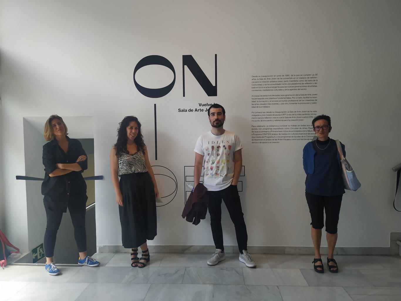 Foto de grupo de Virginia Torrente, Javier Rodríguez Lozano, Cristina Mejías y Emma Trinidad.