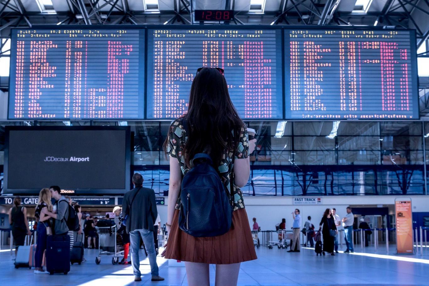 Interior de un aeropuerto