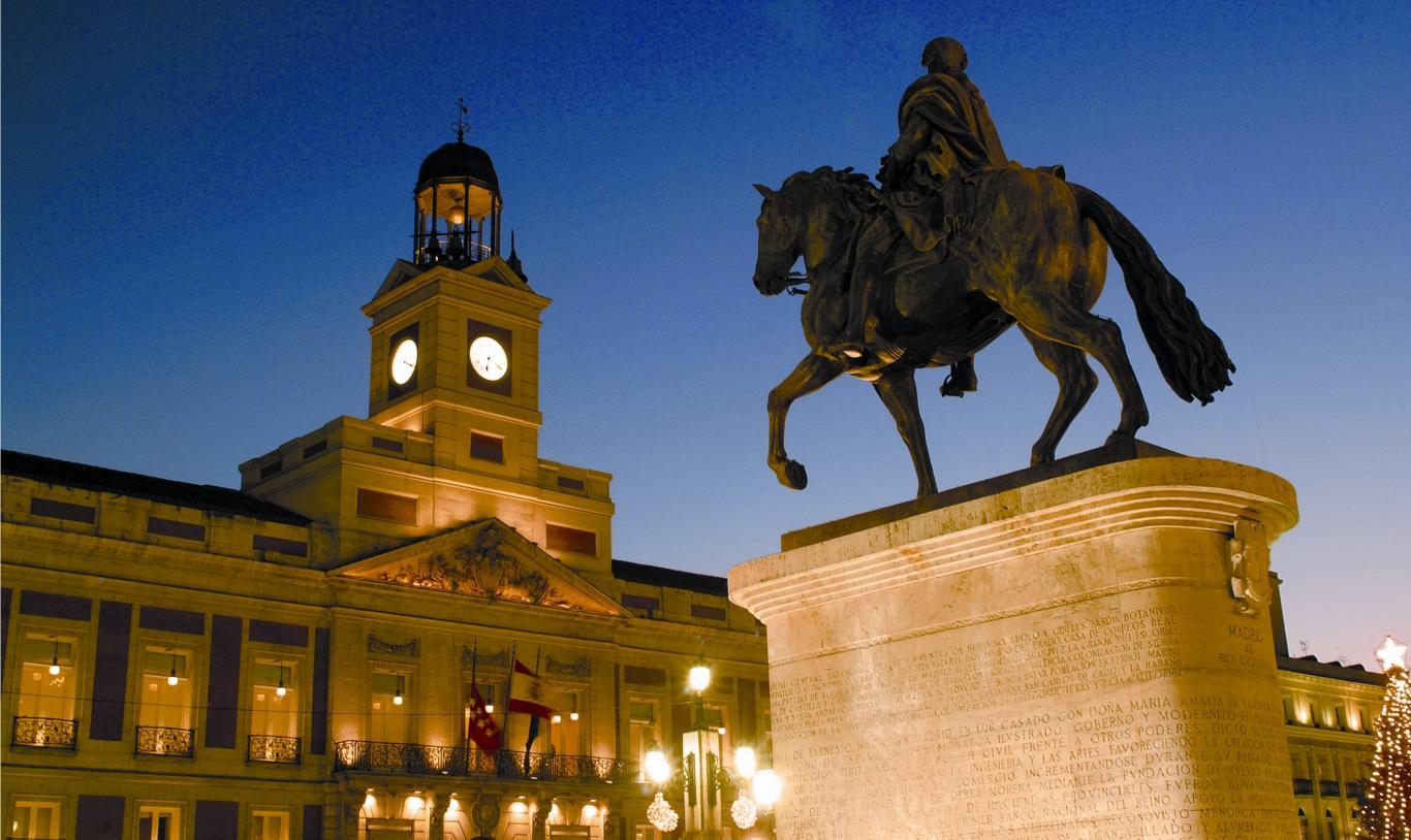 Noche en la Puerta del Sol