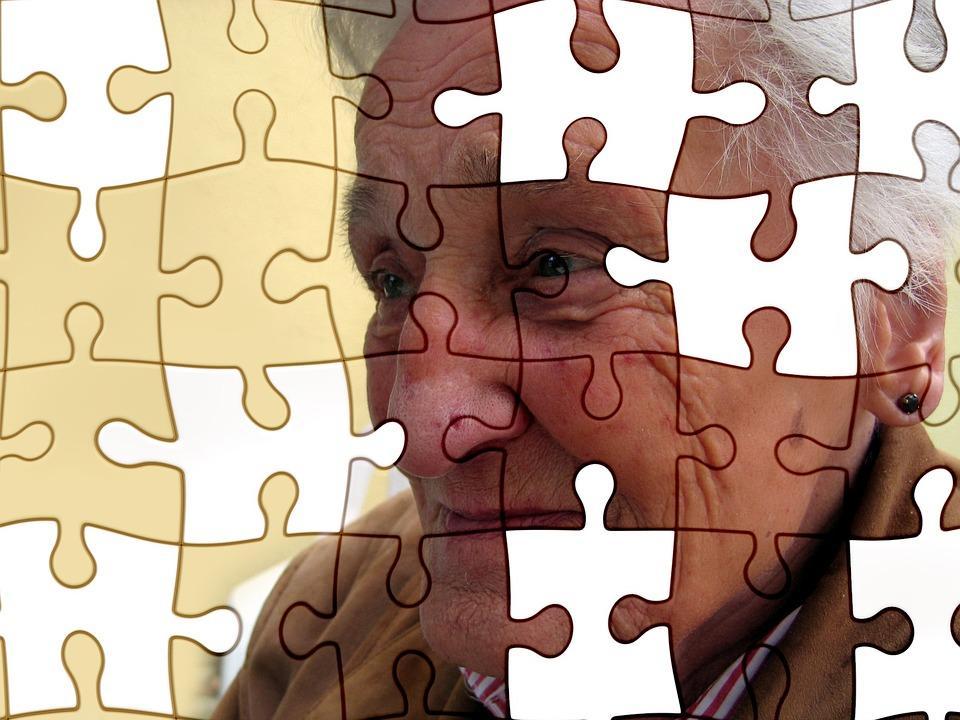 Puzzle imagen mujer mayor