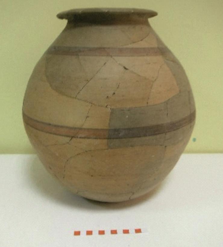 Imagen de cerámica carpetana con decoración pintada de la Fuente de la Mora