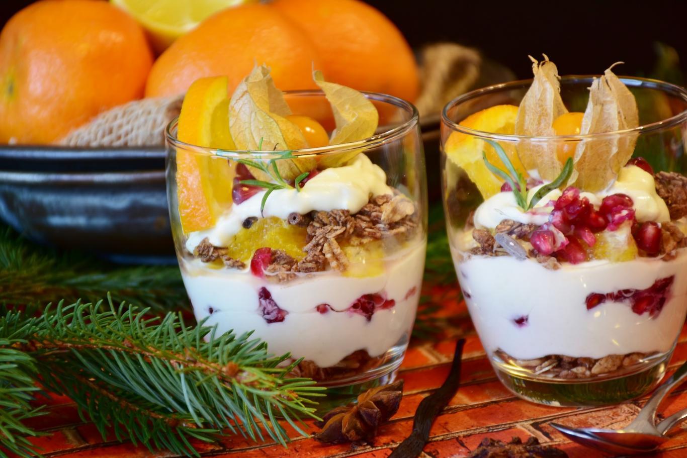 Postre con fruta y frutos secos