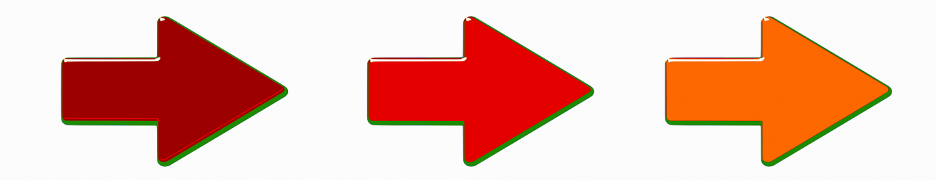 Tres flechas de colores