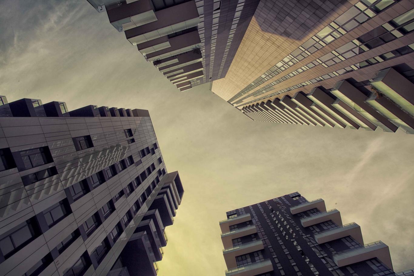 Perspectiva de cuatro edificios