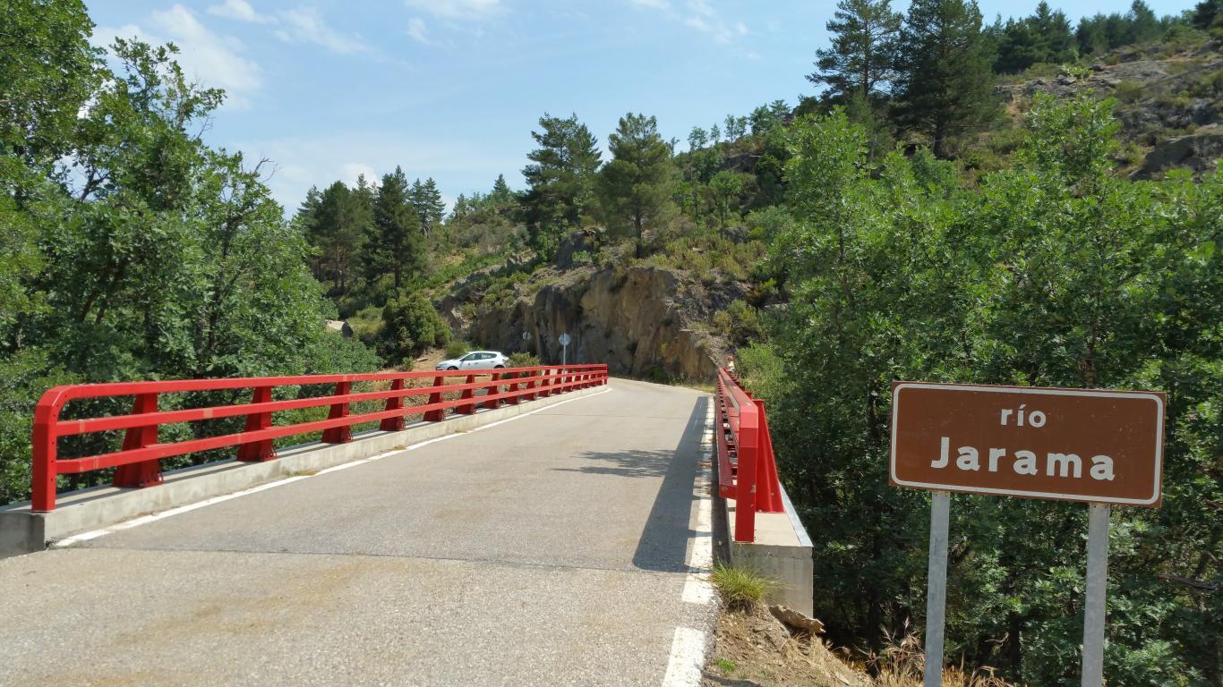 Puente sobre el río Jarama