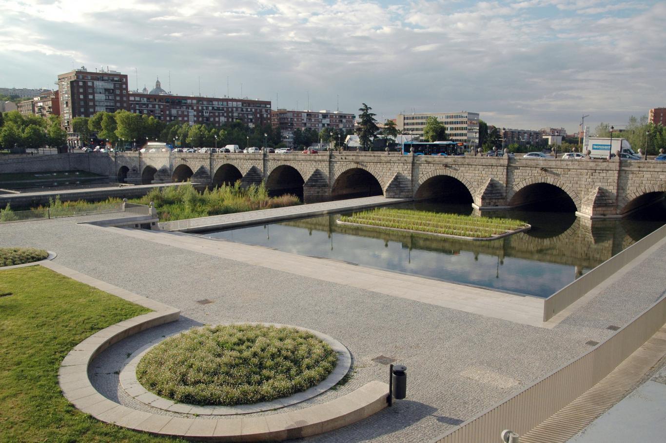 Puente de Segovia. Madrid.