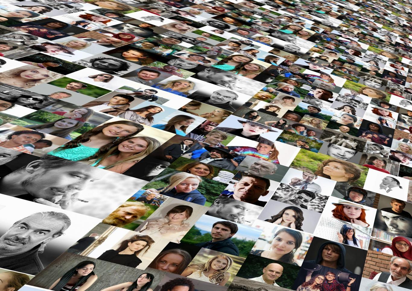 Montaje con fotos de muchas personas