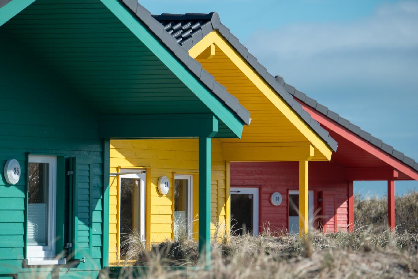 Casas de madera de colores