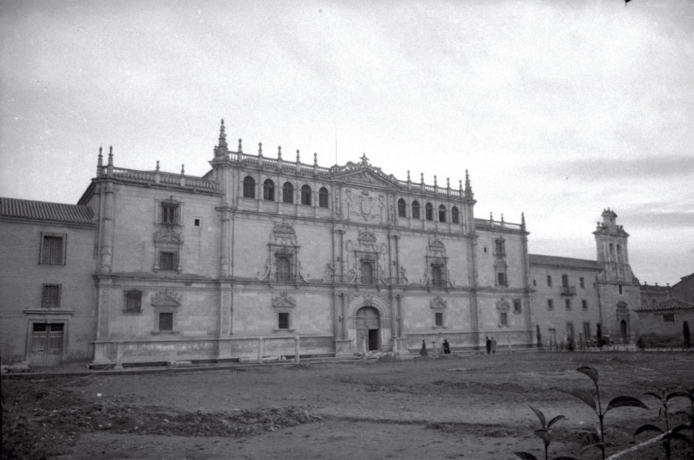 Imagen de la Universidad de Alcalá de Henares en 1952