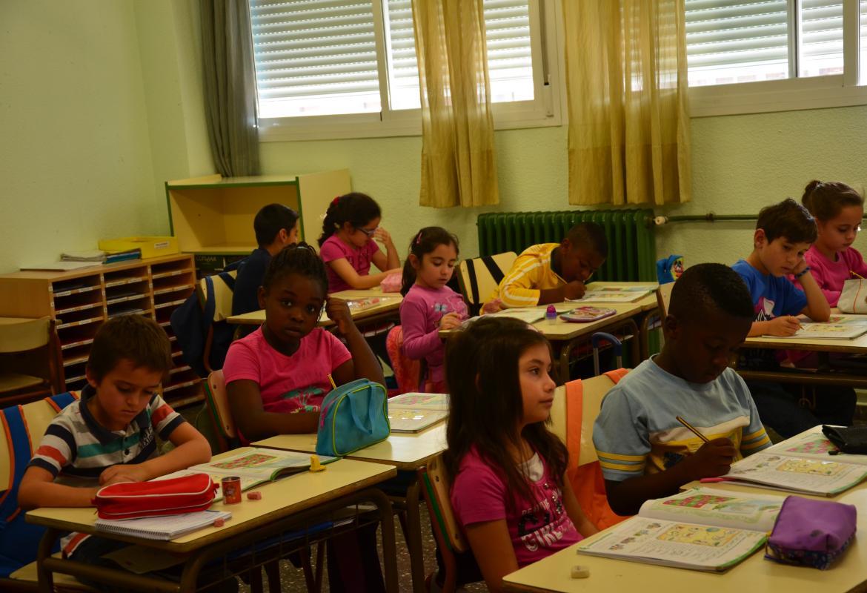 Niños en un Colegio de Educación Infantil y Primaria