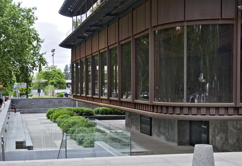 Edificio Castellana, 81
